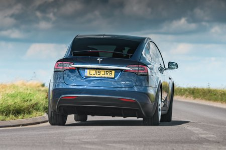 Tesla Model X 2019 RHD front tracking