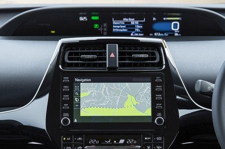 Toyota Prius Plug-In 2020 RHD infotainment