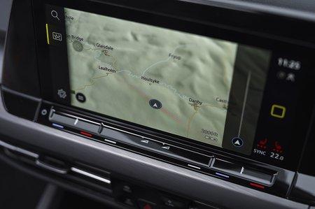 Volkswagen Golf 2021 RHD infotainment