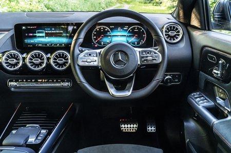 2020 Mercedes GLA dashboard