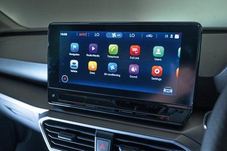 Seat Leon 2020 RHD infotainment