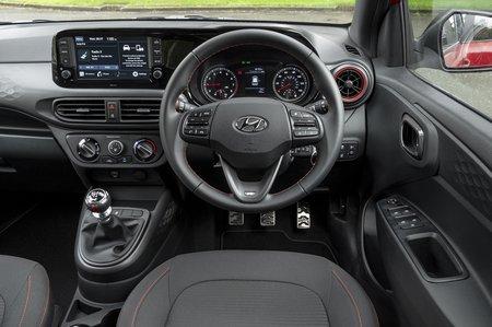 Hyundai i10 2020 dashboard