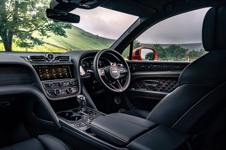 Bentley Bentayga 2020 RHD dashboard