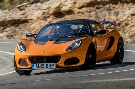 Lotus Elise 2020 front cornering