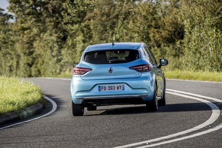 Renault Clio 2020 rear cornering