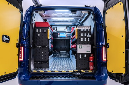 LEVC VN5 2020 load compartment