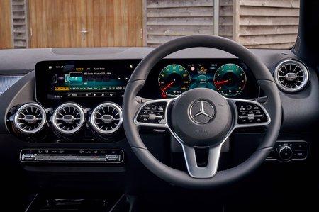 Mercedes B-Class MPV 2020 dashboard