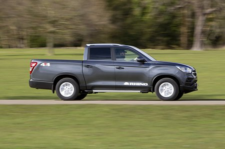 Ssangyong Musso 2020 right tracking