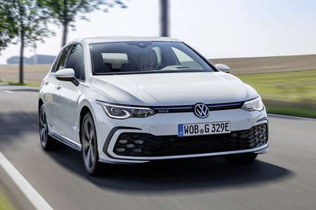 Volkswagen GTE 2020 front tracking