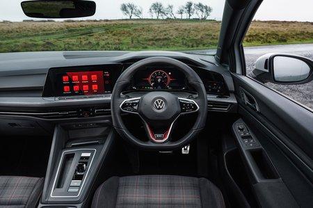 Volkswagen Golf GTI 2021 Dashboard