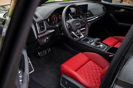 Audi SQ5 2019 LHD dashboard