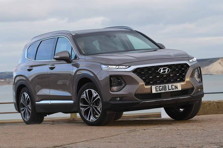 Hyundai Santa Fe 2019 right front outdoor static