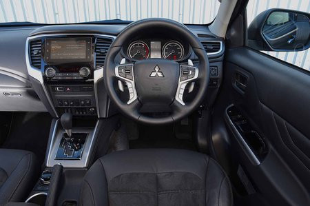 mitsubishi l200 interior, sat nav, dashboard | what car?
