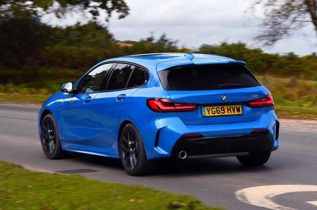BMW 1 Series 2019 rear tracking