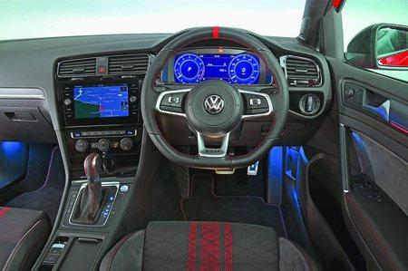 Volkswagen Golf Volkswagen Golf 2019 GTI dashboard