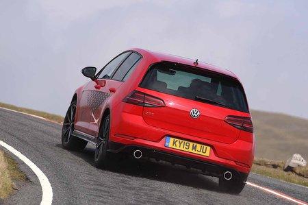 Volkswagen Golf 2019 GTI TCR rear cornering