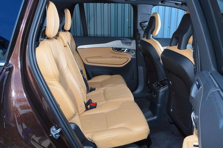 Volvo XC90 2019 RHD rear seats