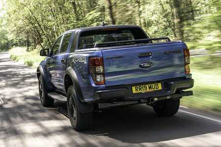 Ford Ranger Raptor 2019 RHD rear tracking