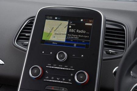 Renault Grand Scenic 2019 RHD infotainment