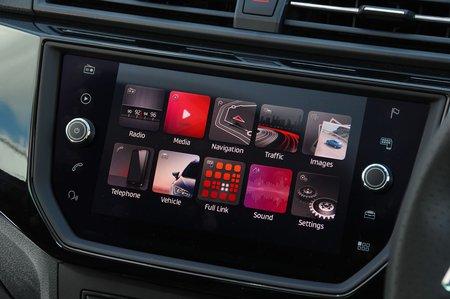 Seat Ibiza 2018 RHD infotainment