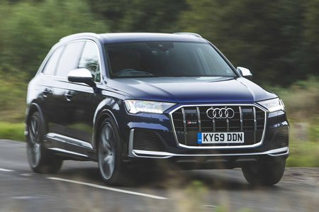 Audi SQ7 2019 front right tracking shot
