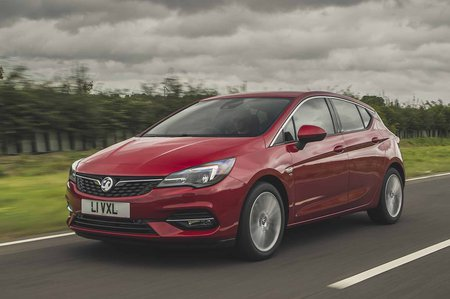 Vauxhall Astra 2019 facelift RHD front tracking