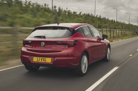 Vauxhall Astra 2019 facelift RHD rear right tracking
