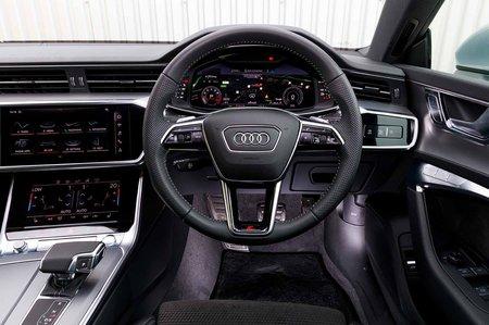 Audi A7 2019 RHD dashboard