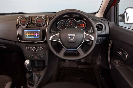 Dacia Logan MCV Estate 2019 RHD dashboard