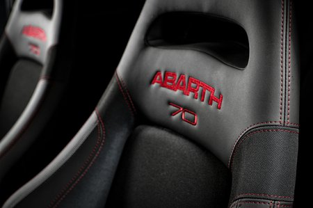 Abarth 595 2019 LHD front seats detail