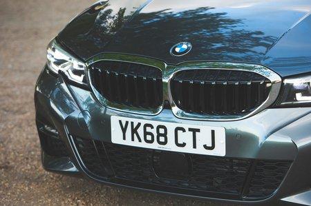BMW 3 Series 2019 front detail