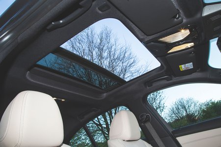 BMW 3 Series sunroof detail