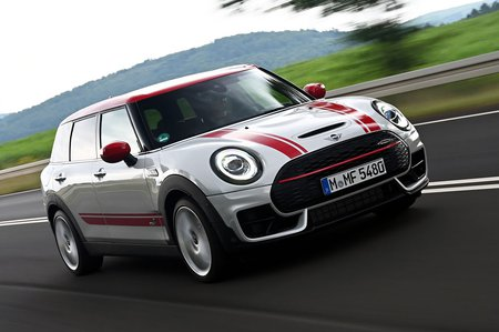 Mini Clubman JCW 2019 front right tracking