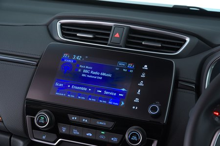 Honda CR-V 2019 infotainment