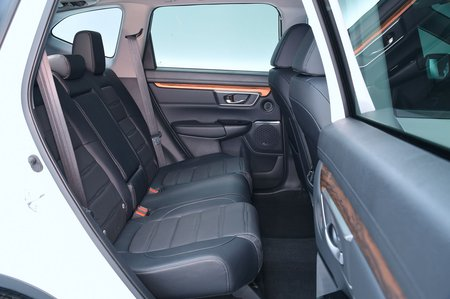 Honda CR-V 2019 rear seats