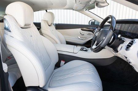 Mercedes-Benz S Class Cabriolet 2019 front seats