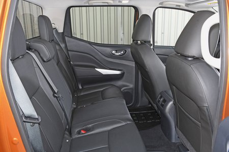 Nissan Navara 2018 RHD rear seats
