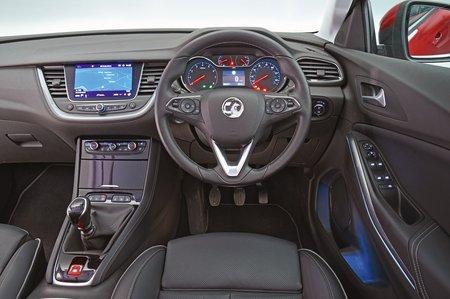 Vauxhall Grandland X 2019 RHD dashboard