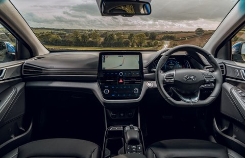 Hyundai Ioniq Electric 2019 RHD dashboard