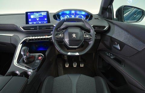 2018 Peugeot 5008 dashboard RHD