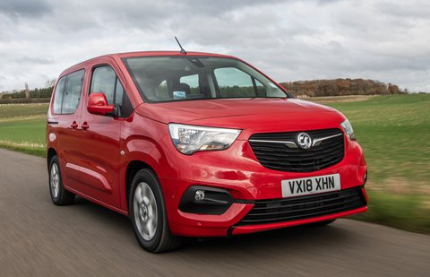 Vauxhall Combo Life front tracking