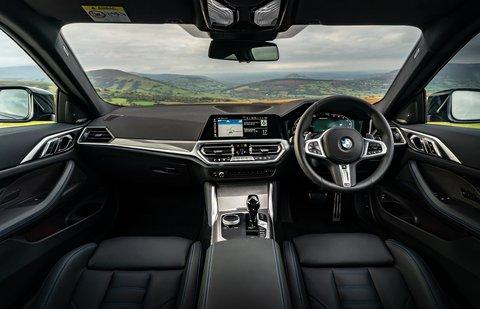 BMW 4 Series Coupé 2021 dashboard