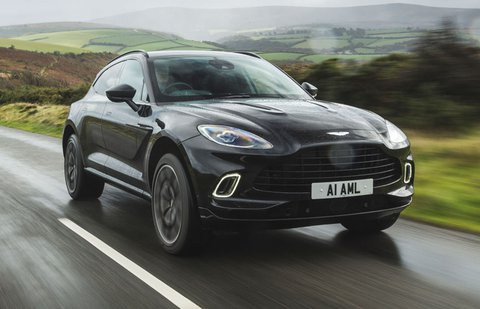 Aston Martin DBX 2020 front tracking