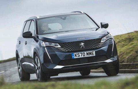 Peugeot 5008 2021 front