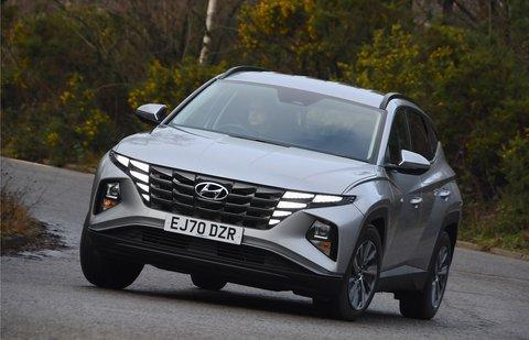 Hyundai Tucson 2021 front cornering
