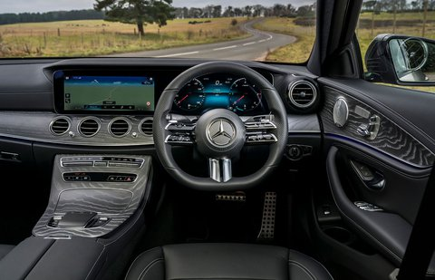Mercedes E-Class 2021 dashboard
