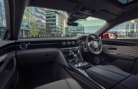 Bentley Flying Spur 2021 interior dashboard