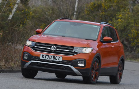 Volkswagen T-Cross 2021 front cornering