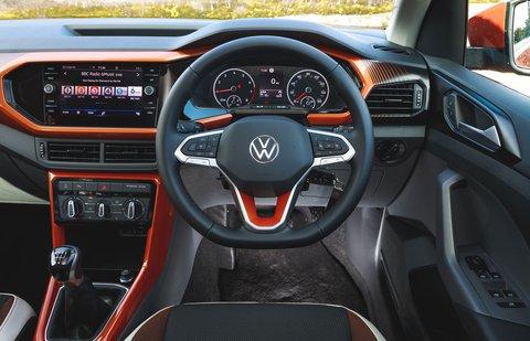 Volkswagen T-Cross 2021 dashboard