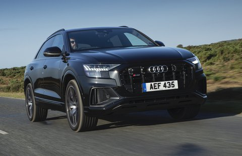 Audi SQ8 2021 front right tracking